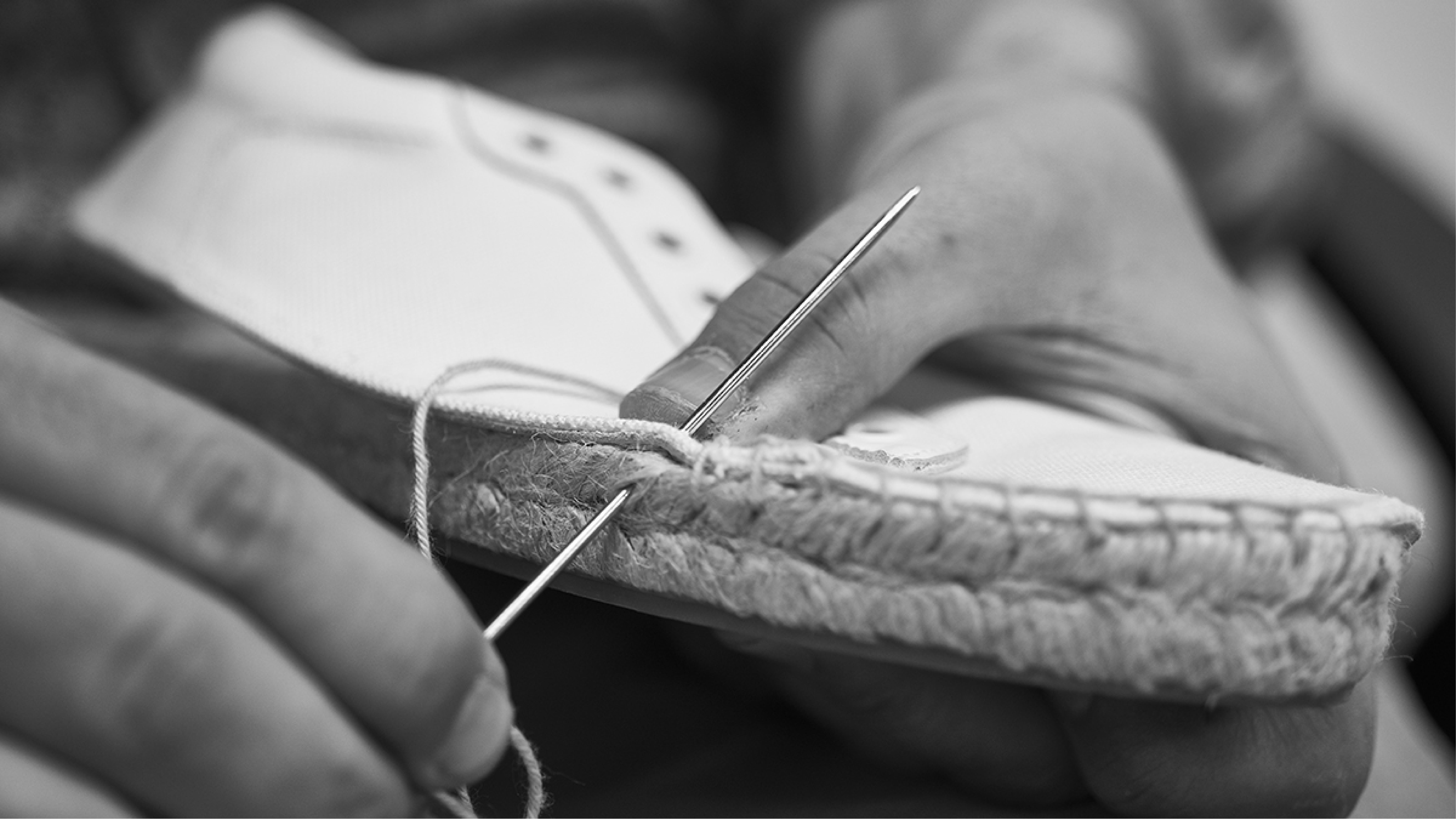 En Lake Shoes confiamos en los procesos de fabricación tradicionales, a la vez que trabajamos con técnicas vanguardistas para conseguir un calzado con acabados excepcionales.